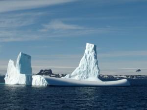 Iceberg lancha arare