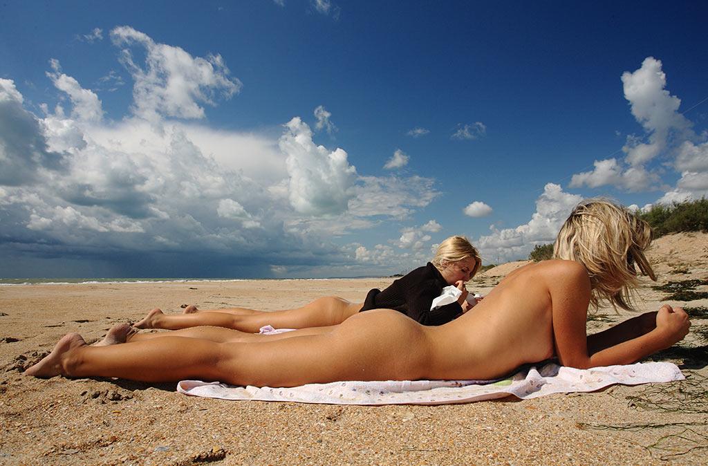 голые на пляжах анапы фото